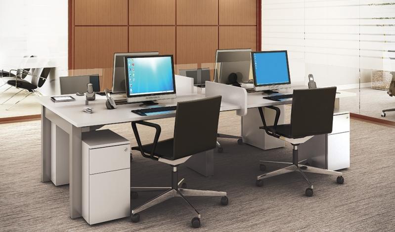 Mesa com Divisória para Escritório no Jabaquara - Mesa para Escritório Simples