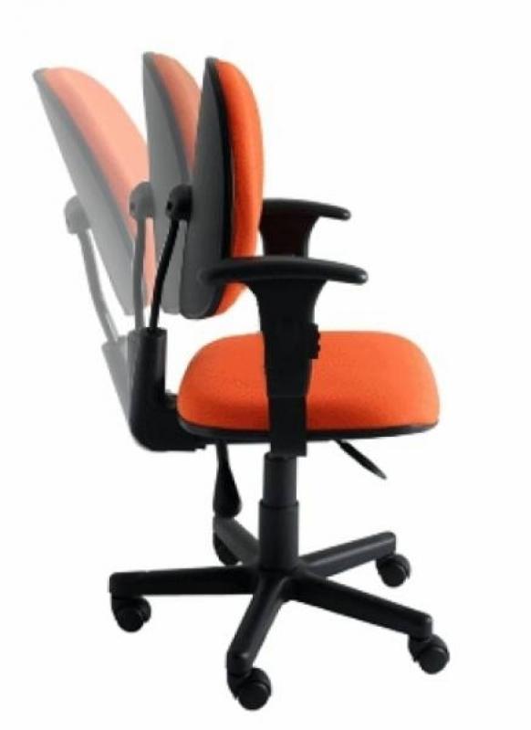 Quanto Custa Cadeiras Industriais Ergonômicas na Loteamento Center Santa Genebra - Cadeira para Escritório de Madeira